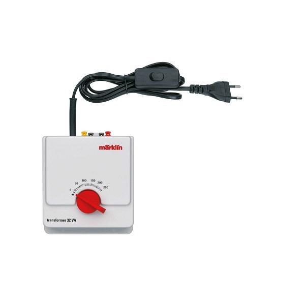 Sicherheitstransformator 230 Volt, 32 VA für das Analog-System.